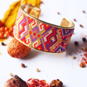 Gebetnout bijoux fantaisie lyon mode tendance bijouterie femme Annecy artisan Licancabur miyuki bracelet manchette rouge jaune violet dore