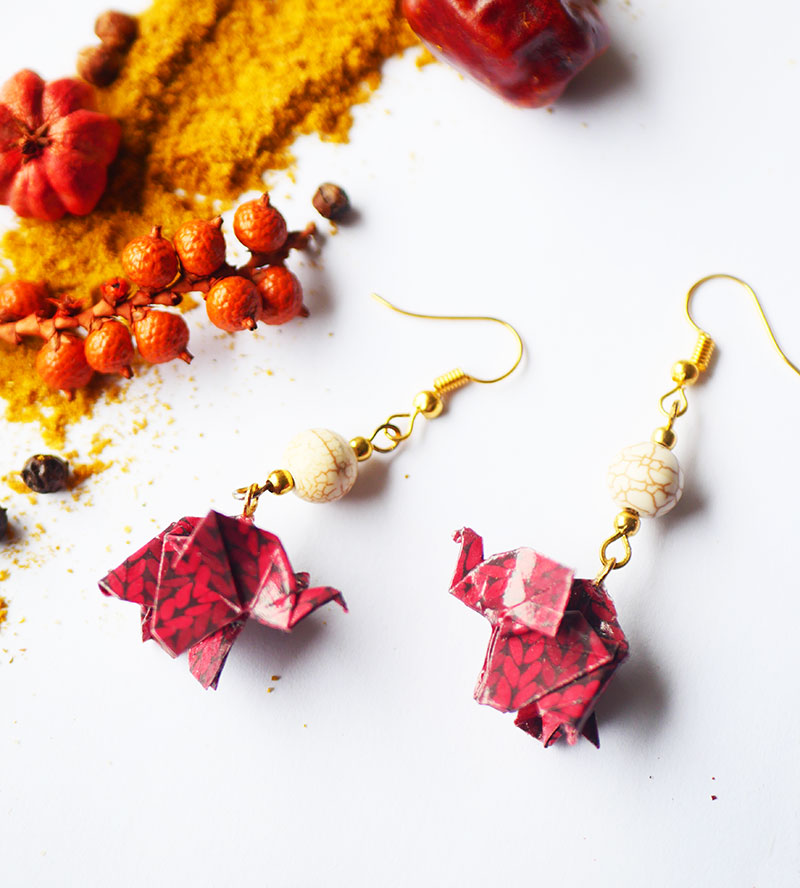 Gebetnout bijoux fantaisie lyon mode tendance bijouterie femme Annecy artisan Licancabur origami elephant rouge howlite