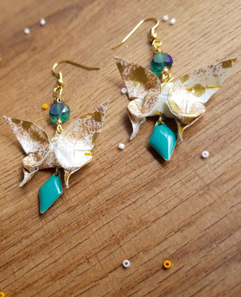 Gebetnout bijoux fantaisie lyon mode tendance bijouterie femme Oullins artisan boucles oreilles papillon minos