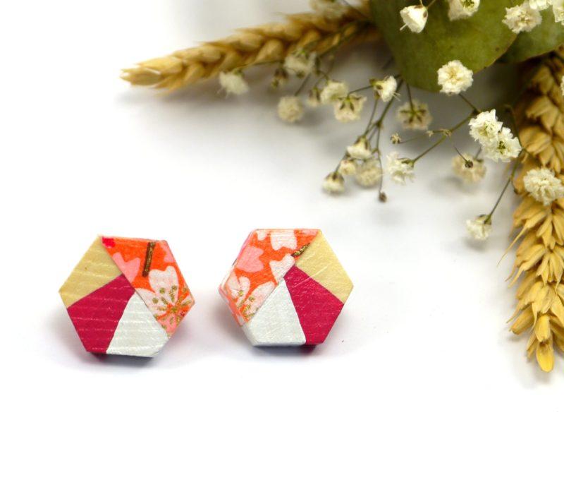 Gebetnout bijoux fantaisie lyon mode tendance bijouterie femme Oullins artisan boucles oreilles puces bois hexagone papier japonais fleuri
