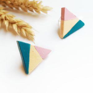 Gebetnout bijoux fantaisie lyon mode tendance bijouterie femme Oullins artisan boucles oreilles puces bois triangle bleu paon rose