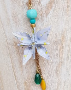 Gebetnout bijoux fantaisie lyon mode tendance bijouterie femme Oullins artisan collier sautoir origami fleur