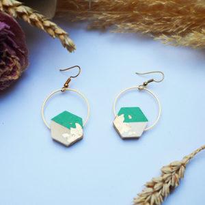 Gebetnout bijoux fantaisie lyon mode tendance bijouterie femme Annecy artisan Licancabur bois japonais geometrie hexagone vert emeraude feuille or dore