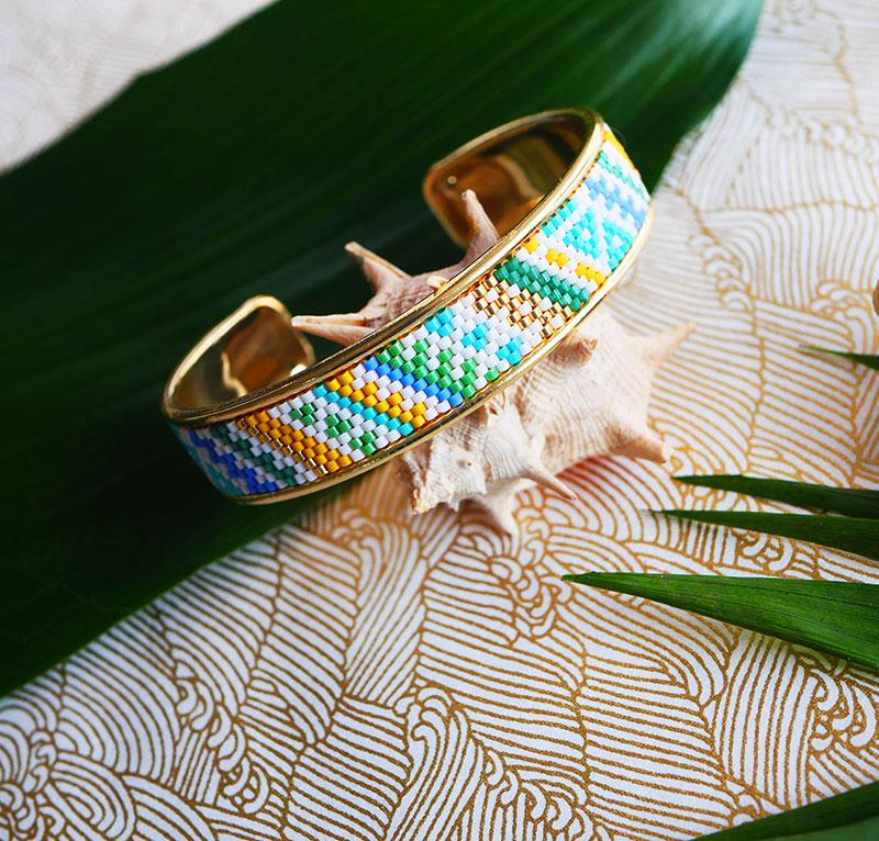 Gebetnout bijoux fantaisie lyon mode tendance bijouterie femme Annecy artisan Opunohu manchette miyuki bleu blanc jaune dore bracelet