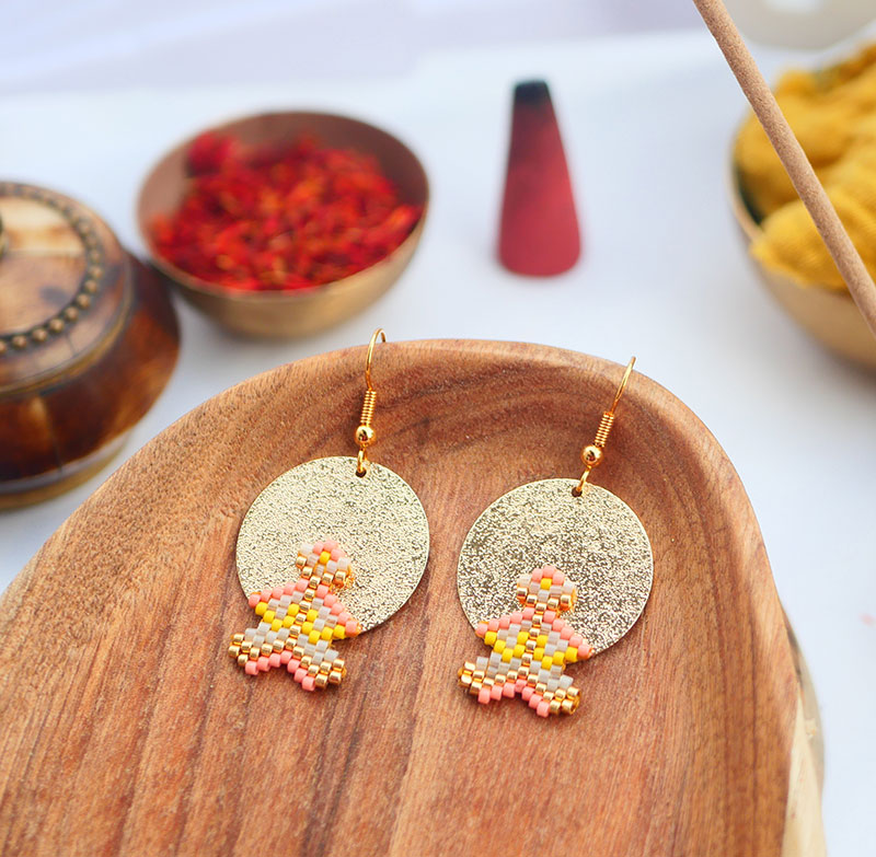 Gebetnout bijoux fantaisie lyon mode tendance bijouterie femme Annecy artisan watthanaram ayutthaya miyuki geometrie saumon jaune dore