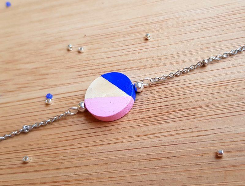 Gebetnout bijoux fantaisie lyon mode tendance bijouterie femme Oullins artisan collaboration Thealouise pochette marine maquillage rond bracelet