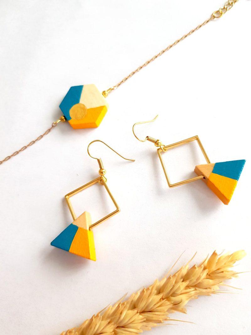 Gebetnout bijoux fantaisie lyon mode tendance bijouterie femme Oullins artisan collaboration thealouise pochette moutarde maquillage triangle