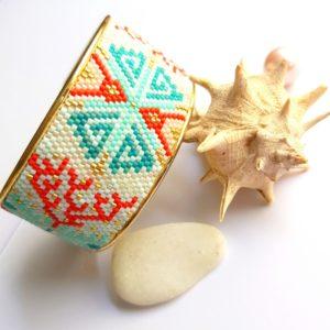 Gebetnout bijoux fantaisie lyon mode tendance bijouterie femme Oullins artisan endeavour manchette miyuki corail