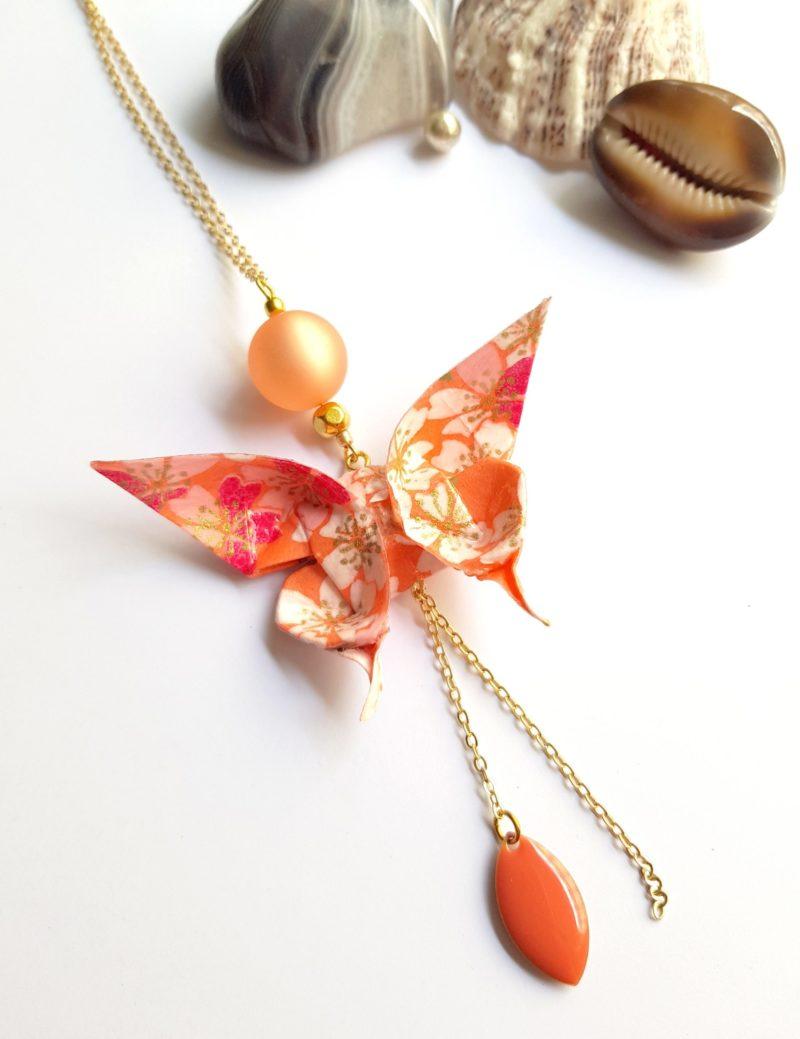 Gebetnout bijoux fantaisie lyon mode tendance bijouterie femme Oullins artisan endeavour sautoir origami papillon
