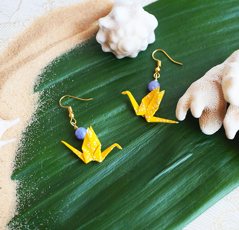 Gebetnout bijoux fantaisie lyon mode tendance bijouterie femme Annecy artisan Opunohu origami grue jaune calcite