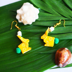 Gebetnout bijoux fantaisie lyon mode tendance bijouterie femme Annecy artisan Opunohu origami lapin jaune vert dore