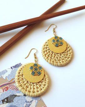 Gebetnout bijoux fantaisie lyon mode tendance bijouterie femme Oullins artisan boucles oreilles miyuki rotin bleu jaune doré