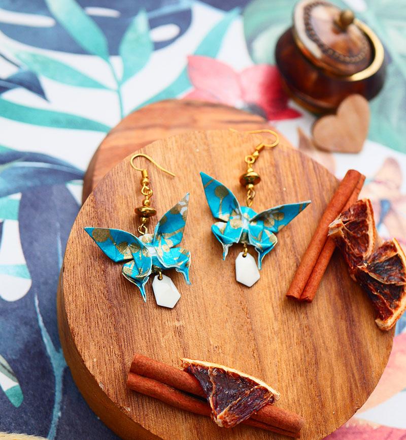 Gebetnout bijoux fantaisie lyon mode tendance bijouterie femme Annecy artisan origami papillon bleu canard dore or
