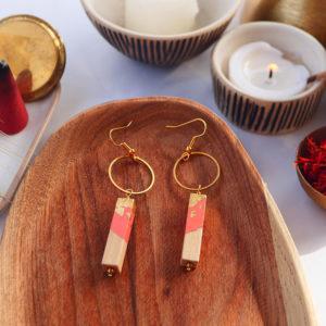 Gebetnout bijoux fantaisie lyon mode tendance bijouterie femme Annecy artisan watthanaram ayutthaya bois geometrie barre cercle saumon feuille or dore