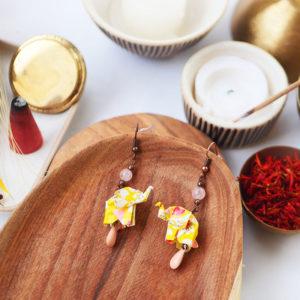 Gebetnout bijoux fantaisie lyon mode tendance bijouterie femme Annecy artisan watthanaram ayutthaya origami elephant jaune rose email beryl cuivre
