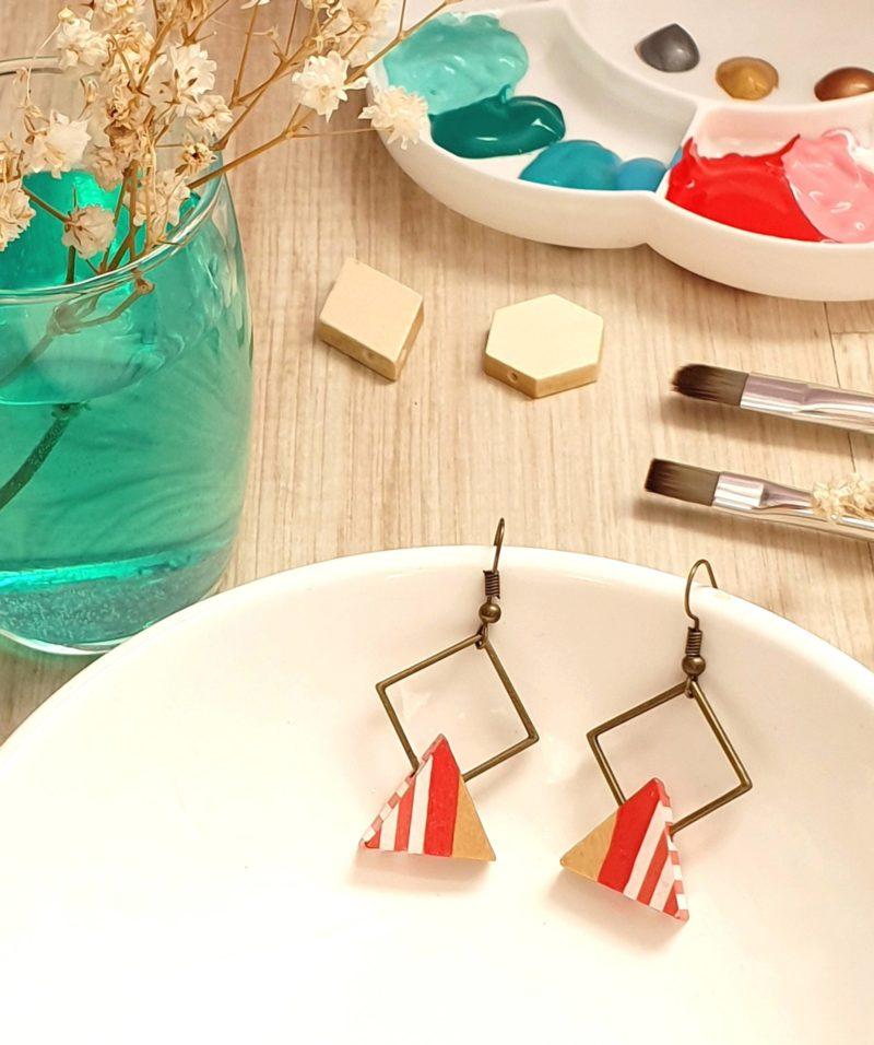 Gebetnout bijoux fantaisie lyon mode tendance bijouterie femme Oullins artisan bois japonais géométrie triangle corail rayures