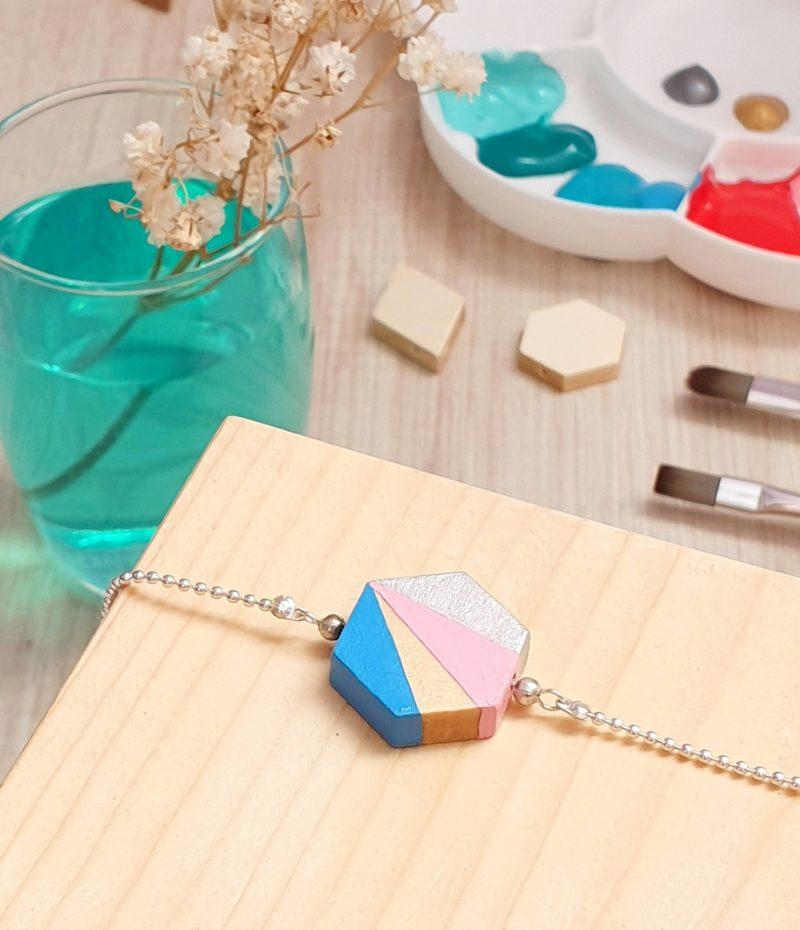 Gebetnout bijoux fantaisie lyon mode tendance bijouterie femme annecy artisan bois japonais géométrie hexagone bracelet bleu rose argenté