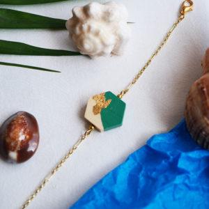 Gebetnout bijoux fantaisie lyon mode tendance bijouterie femme Annecy artisan Opunohu geometrie bois hexagone feuille or vert bracelet