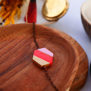 Gebetnout bijoux fantaisie lyon mode tendance bijouterie femme Annecy artisan watthanaram ayutthaya bois geometrie bracelet hexagone rose corail cuivre