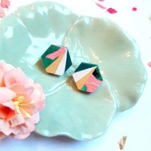 Gebetnout bijoux fantaisie lyon mode tendance bijouterie femme Annecy artisan Incahuasi puce bois hexagone rose vert