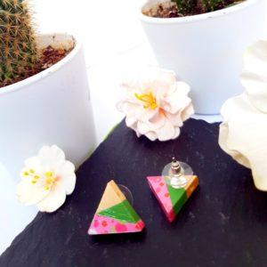 Gebetnout bijoux fantaisie lyon mode tendance bijouterie femme Annecy artisan Incahuasi puce bois triangle rose vert