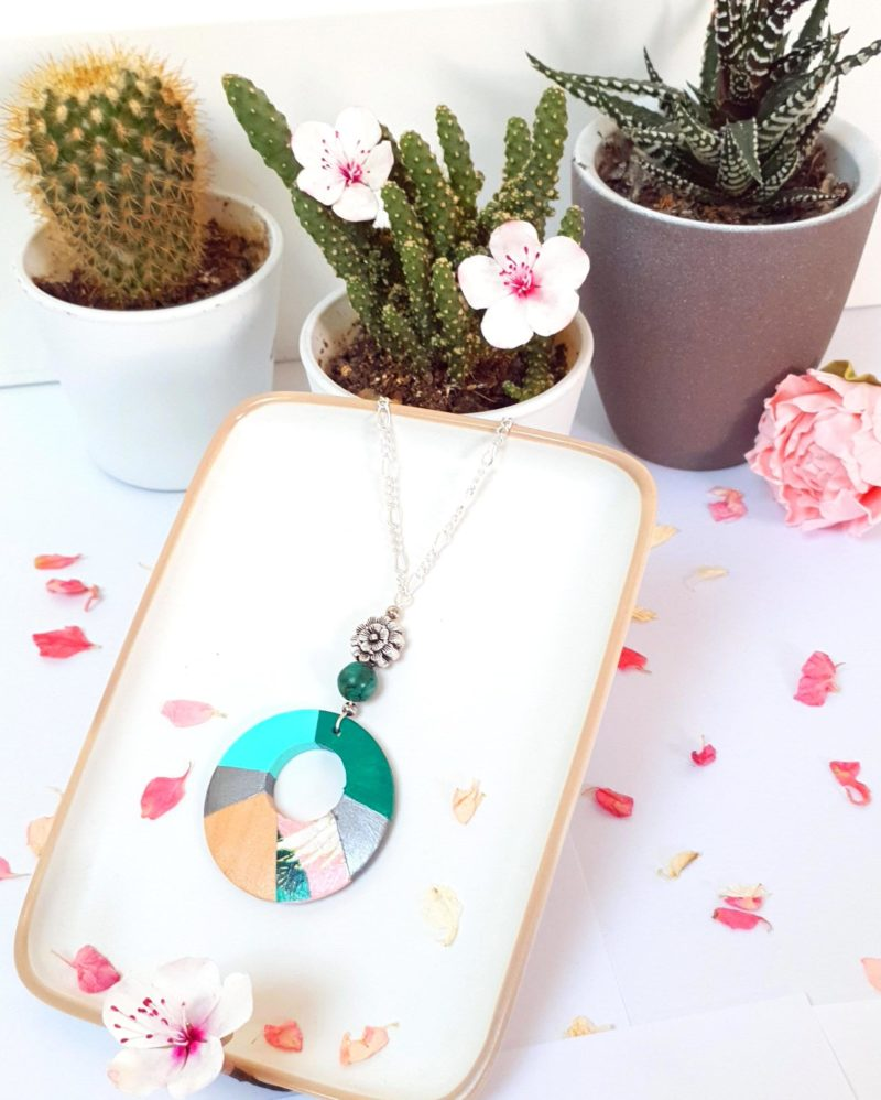 Gebetnout bijoux fantaisie lyon mode tendance bijouterie femme Annecy artisan Incahuasi sautoir collier bois donut rose vert
