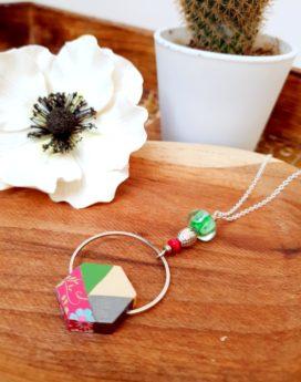 Gebetnout bijoux fantaisie lyon mode tendance bijouterie femme Annecy artisan Incahuasi sautoir collier bois hexagone rose vert