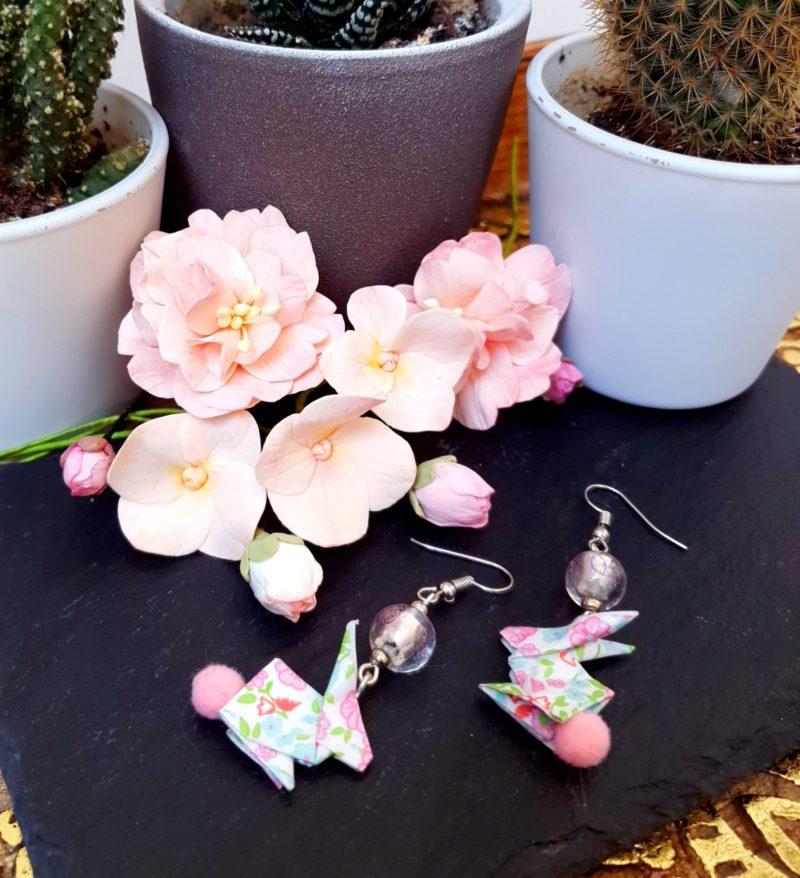 Gebetnout bijoux fantaisie lyon mode tendance bijouterie femme Annecy artisan Incahuasi origami lapin murano pompon rose