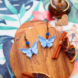 Gebetnout bijoux fantaisie lyon mode tendance bijouterie femme Annecy artisan origami papillon bleu blanc cuivre