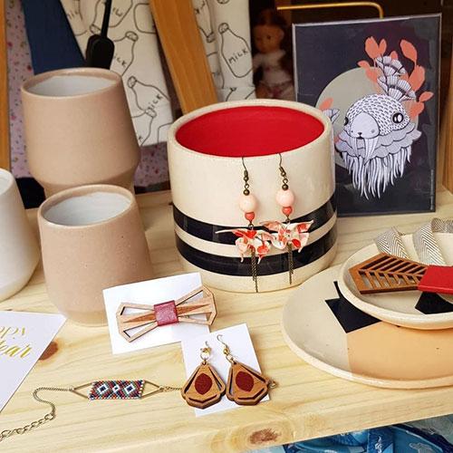 Gebetnout bijoux fantaisie lyon mode tendance bijouterie femme Oullins artisan tricolores boutique ephemere enfant creation