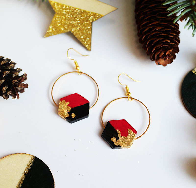 Gebetnout bijoux fantaisie lyon mode tendance bijouterie femme Annecy artisan bois ebene cercle hexagone rouge feuille or