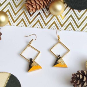 Gebetnout bijoux fantaisie lyon mode tendance bijouterie femme Annecy artisan bois ebene losange triangle jaune feuille or