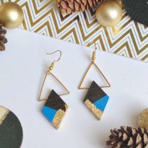 Gebetnout bijoux fantaisie lyon mode tendance bijouterie femme Annecy artisan bois ebene triangle losange bleu electrique feuille or