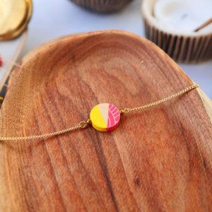 Gebetnout bijoux fantaisie lyon mode tendance bijouterie femme Annecy artisan watthanaram ayutthaya bois geometrie bracelet jaune corail papier dore