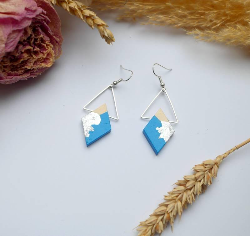 Gebetnout bijoux fantaisie lyon mode tendance bijouterie femme Annecy artisan Licancabur bois japonais geometrie losange bleu ciel feuille or argente