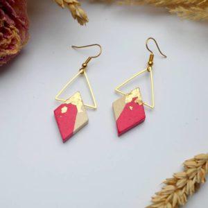 Gebetnout bijoux fantaisie lyon mode tendance bijouterie femme Annecy artisan Licancabur bois japonais geometrie losange rouge magenta feuille or dore