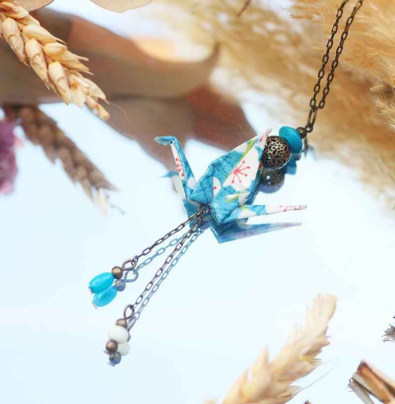 Gebetnout bijoux fantaisie lyon mode tendance bijouterie femme Annecy artisan origami sautoir collier bleu jean blanc