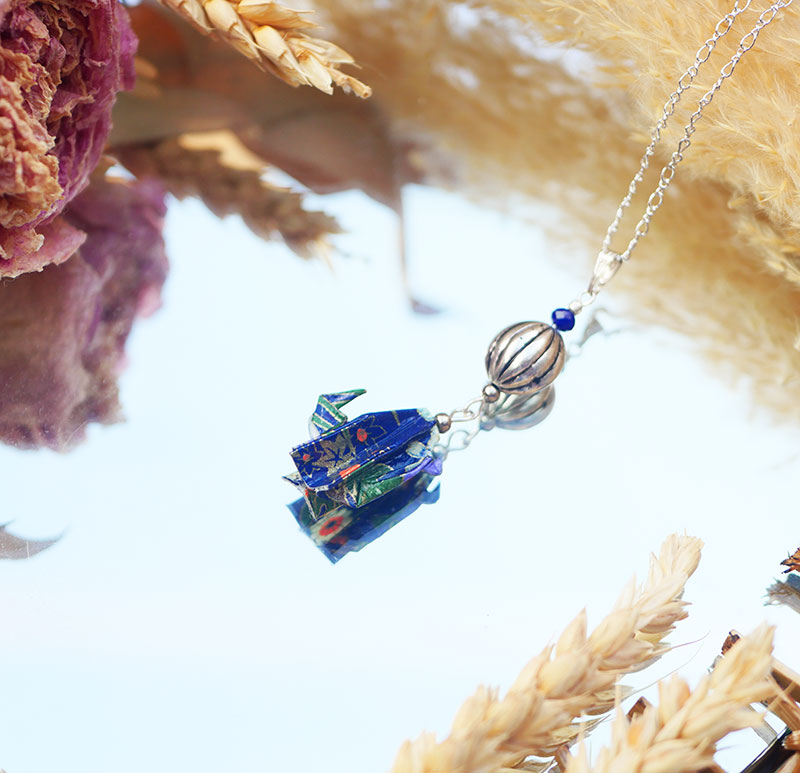 Gebetnout bijoux fantaisie lyon mode tendance bijouterie femme Annecy artisan origami sautoir cactus bleu marine fleuri argent