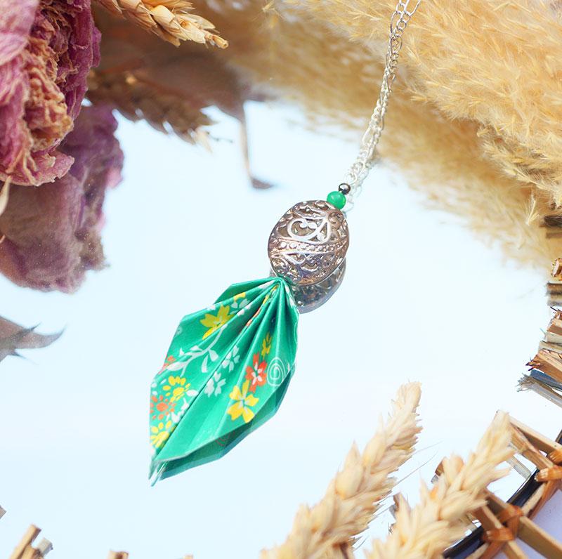 Gebetnout bijoux fantaisie lyon mode tendance bijouterie femme Annecy artisan origami sautoir collier feuille fleuri vert blanc jaune orange argent