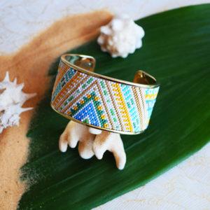 Gebetnout bijoux fantaisie lyon mode tendance bijouterie femme Annecy artisan Opunohu manchette miyuki vert bleu blanc jaune dore bracelet