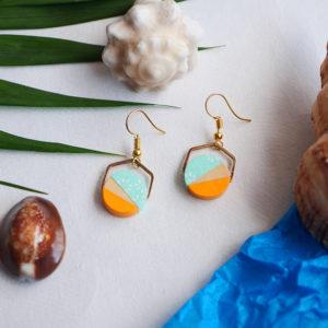 Gebetnout bijoux fantaisie lyon mode tendance bijouterie femme Annecy artisan Opunohu geometrie bois hexagone papier jaune turquoise