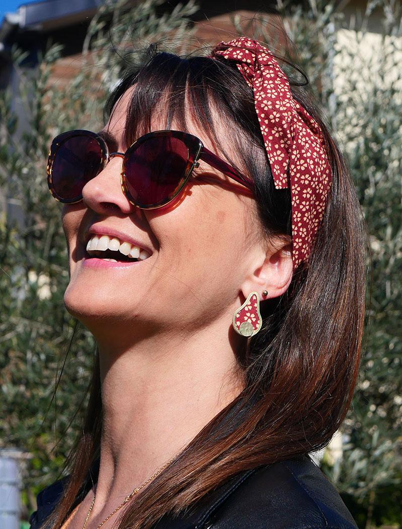 Gebetnout bijoux fantaisie lyon mode tendance bijouterie femme Annecy artisan laiton tissu upcycling hermanitas fleuri bordeaux ecru dore bandeau cheveux modele