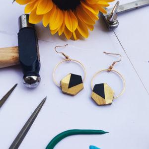 Gebetnout bijoux fantaisie lyon mode tendance bijouterie femme Annecy artisan bois buis geometrie hexagone laiton noir dore or