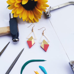 Gebetnout bijoux fantaisie lyon mode tendance bijouterie femme Annecy artisan bois buis geometrie losange triangle laiton corail dore or