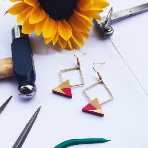 Gebetnout bijoux fantaisie lyon mode tendance bijouterie femme Annecy artisan bois buis geometrie triangle losange laiton rouge dore or