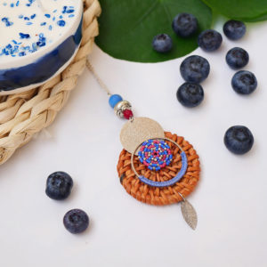 Gebetnout bijoux fantaisie lyon mode tendance bijouterie femme annecy seyssel artisan collier sautoir miyuki rotin rose bleu argente