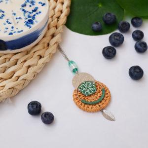 Gebetnout bijoux fantaisie lyon mode tendance bijouterie femme annecy seyssel artisan collier sautoir miyuki rotin vert blanc argente