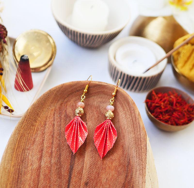 Gebetnout bijoux fantaisie lyon mode tendance bijouterie femme Annecy artisan watthanaram ayutthaya origami feuille agate corail dore