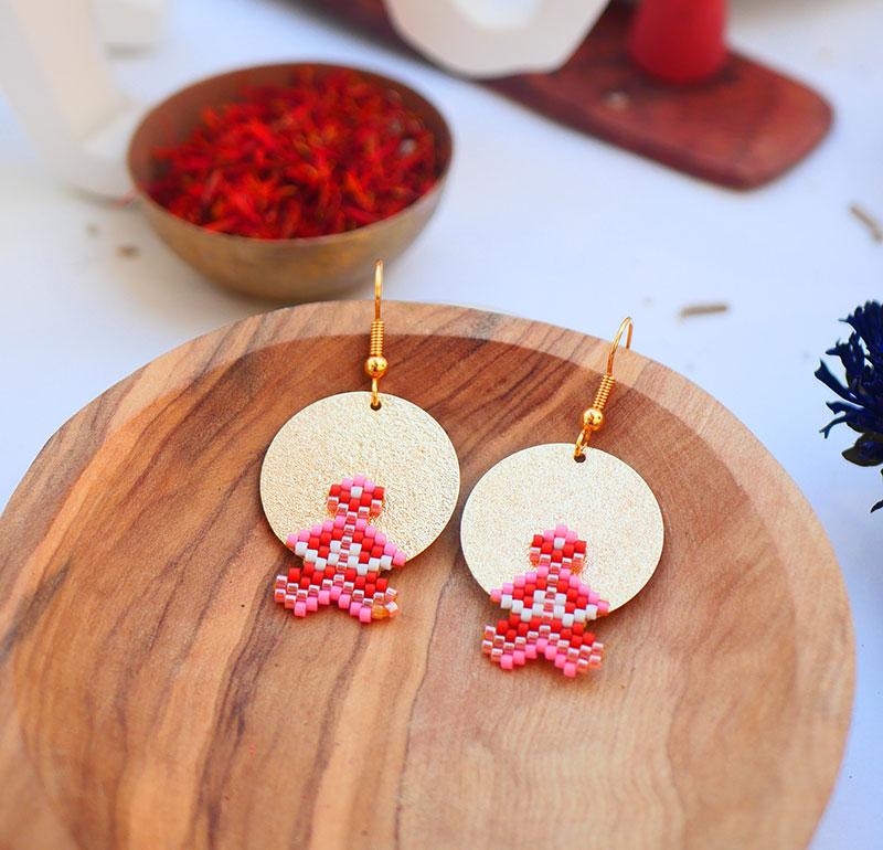 Gebetnout bijoux fantaisie lyon mode tendance bijouterie femme Annecy artisan watthanaram ayutthaya miyuki geometrie rose rouge dore