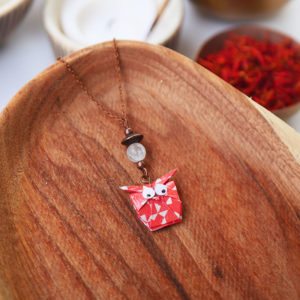 Gebetnout bijoux fantaisie lyon mode tendance bijouterie femme Annecy artisan watthanaram ayutthaya origami hibou corail quartz cuivre collier